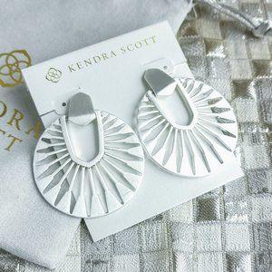 Kendra Scott Didi Sunburst Earrings Silver